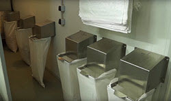 BIONOT PEANUTS CRACKING MACHINE AF1000 VOLUMETERING UNIT