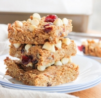 Gluten-Free Quinoa Breakfast Bars
